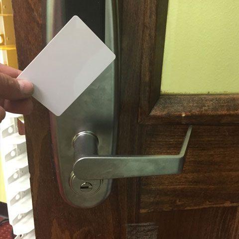 Tn-Premier-locksmith-Smart-door-installed & TN Premier Locksmith smart door installed   TN PREMIER LOCKSMITH